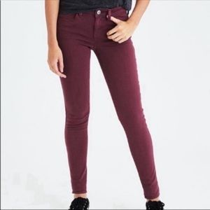 AMERICAN EAGLE next level stretch maroon jeans